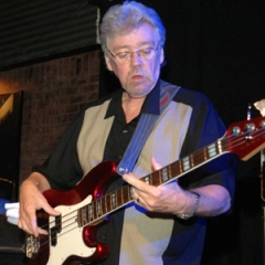 "Donald ""Duck"" Dunn - Photo 2007 by Rick Diamond/WireImage"