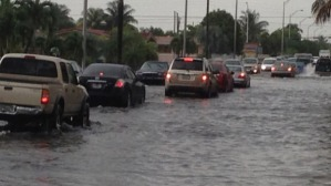 May 15, 2014: Heavy rain caused street flooding on NW 8th Street near of 49th Avenue in Hialeah. (Source: Ted Scouten/CBS4)