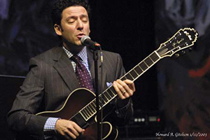 John Pizzarelli (2013) (Howard Girdson)