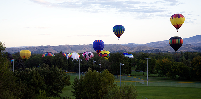 Ballons Over Boise, or at least over Ann Morrison Park
