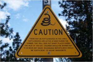 Rattlesnake_warning_sign_in_real_life