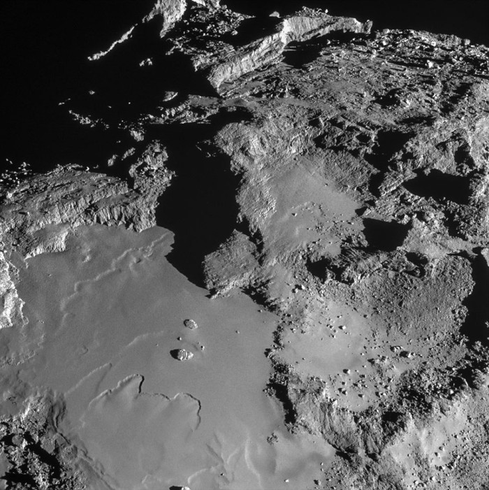 Surface of Comet 67/P from 6 miles (!) away.