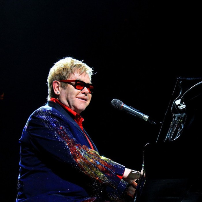 Elton John in concert, March 2015, Photography by Kathy Paz