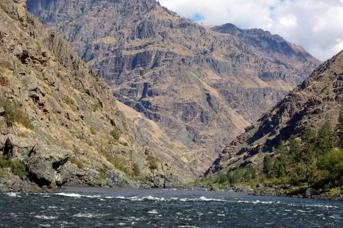 Hells Canyon, looking down to Granite Creek Rapids