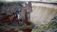 Salmon Falls Creek Dam, vie from western side, March 25, 2017