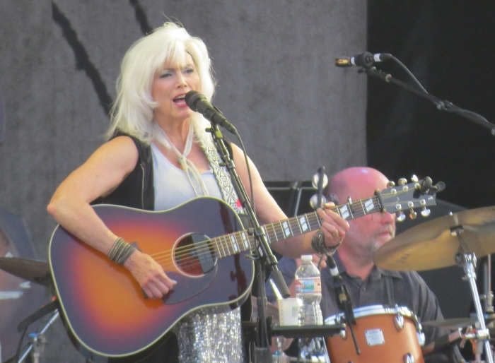 "Emmylou Harris singing ""Pancho and Lefty,"" Outlaw Field, Boise"