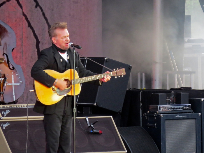 "John Mellencamp soloing ""Jack and Diane,"" Outlaw Field, Boise"