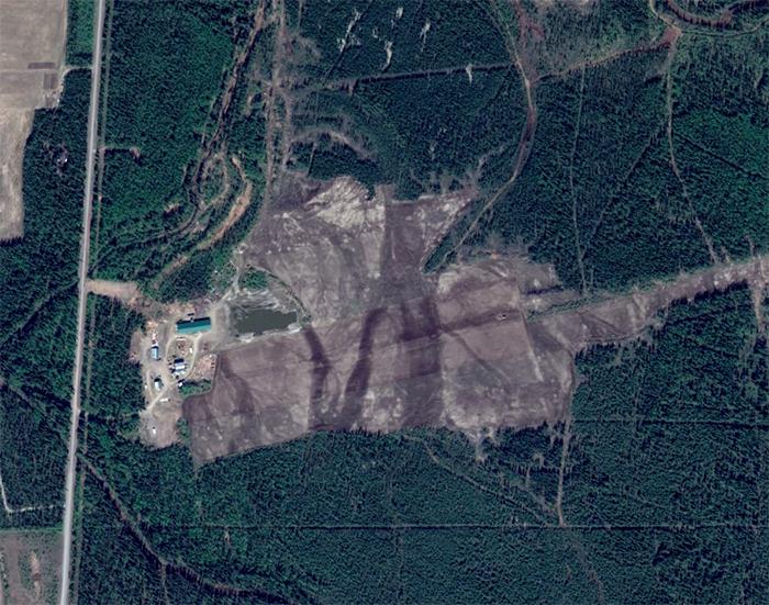 Eielson Fram Road via Google Earth
