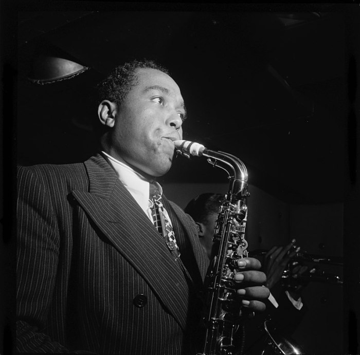 Charlie Parker in the Three Deuces of New York (N.Y.), in August 1947