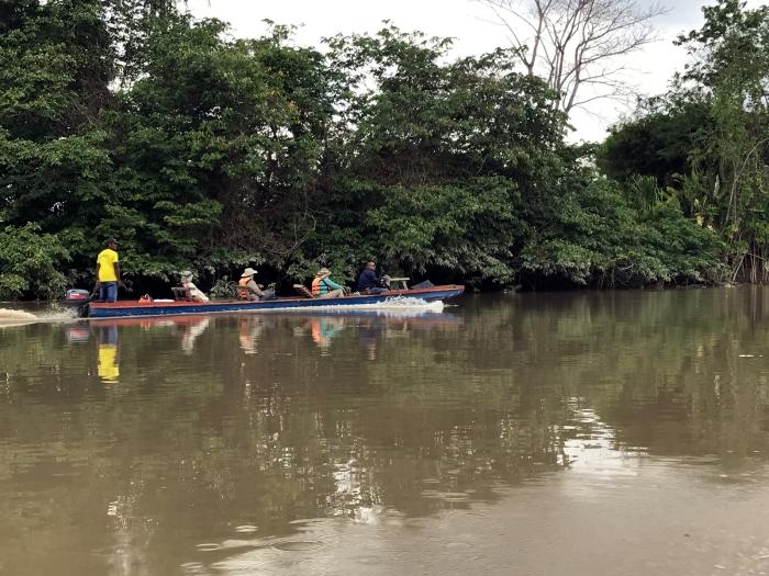 Riding a dugout canoe down the Chucunaque River