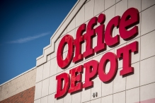 Office Depot Inc. signage is displayed outside the company's store in Chicago, Illinois, U.S., on Friday, Feb. 19, 2016. Photographer: Christopher Dilts/Bloomberg via Getty Images